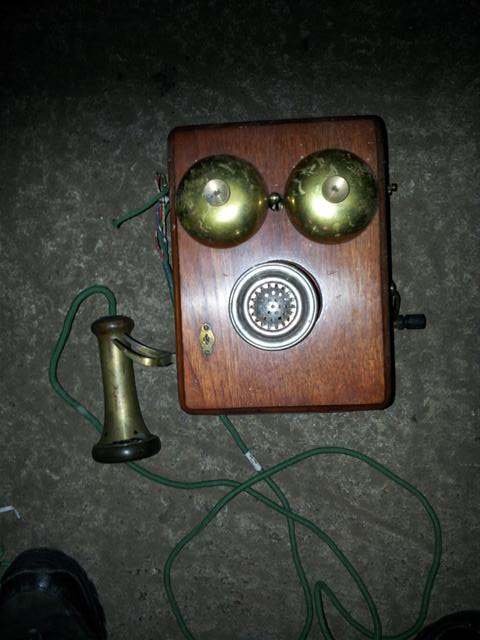Early Wall Phone with steerhorn cradle