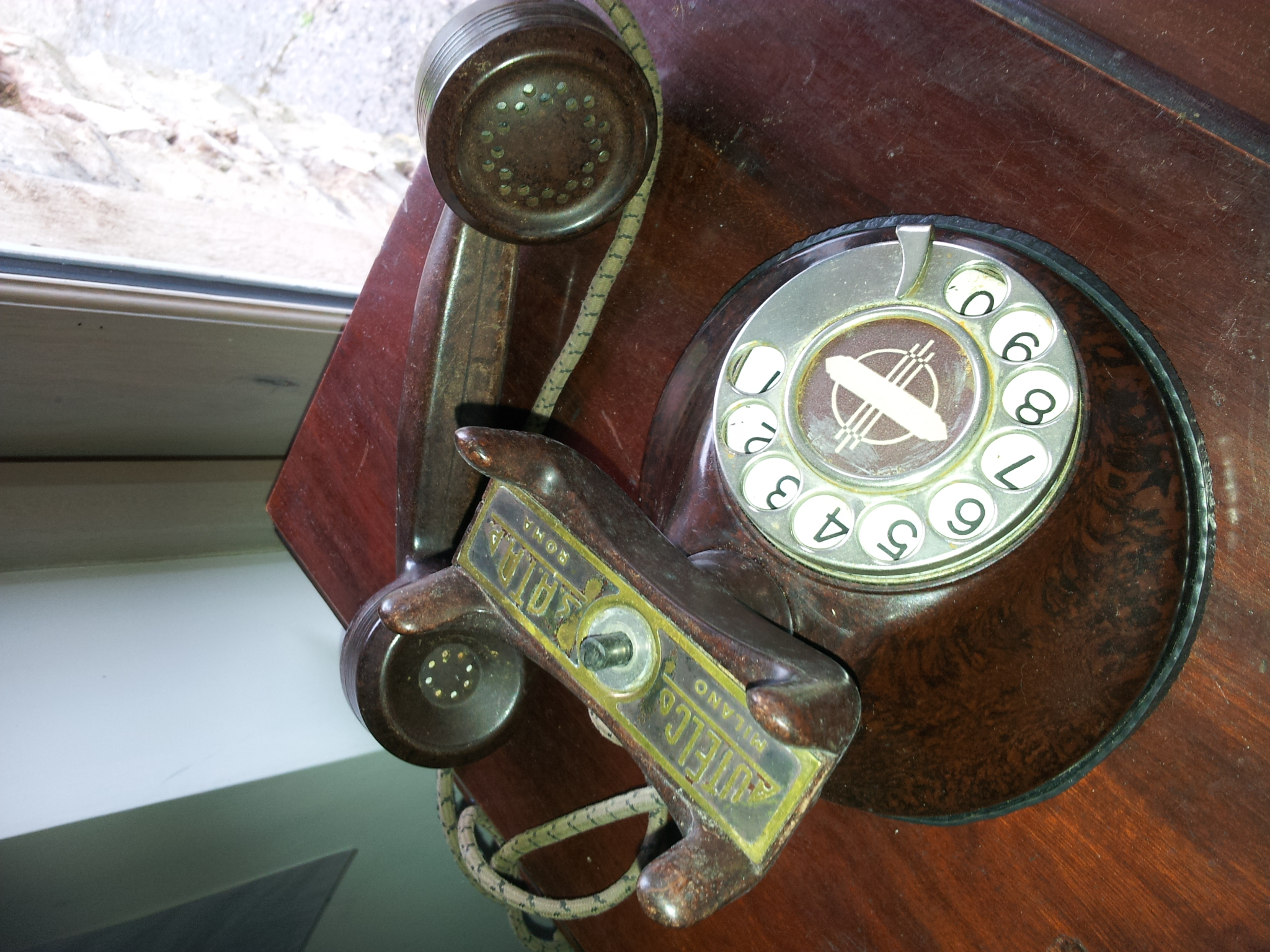 Italian Autelco Mottled Brown 1930s Telephone