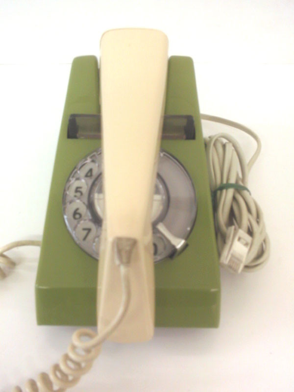 Snowden range Trimphone in lime green with beige