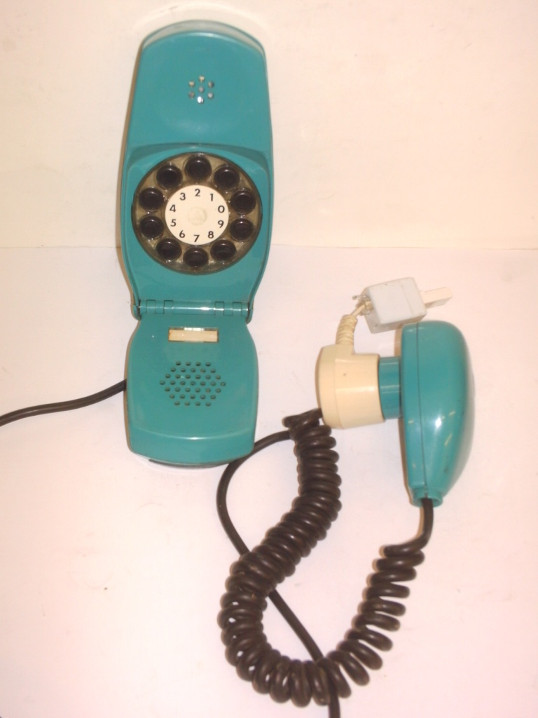 Italian Grillo phone - Click Image to Close
