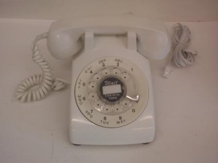 White American 50s/60s dial phone